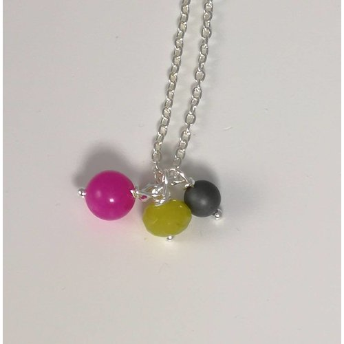 Ladies Who Lunch Silver 3 bead necklace 061