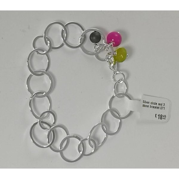 Silver circle and 3 stone bracelet  071