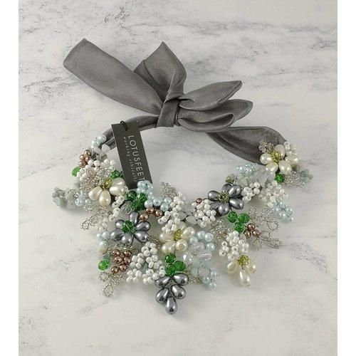 Lotus Feet Collar de corbata de satén de cristal verde gris 051