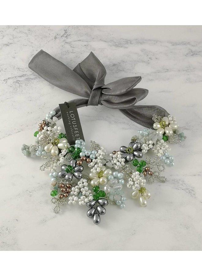 Krawattenhalskette 051 aus grünem, grauem Kristall
