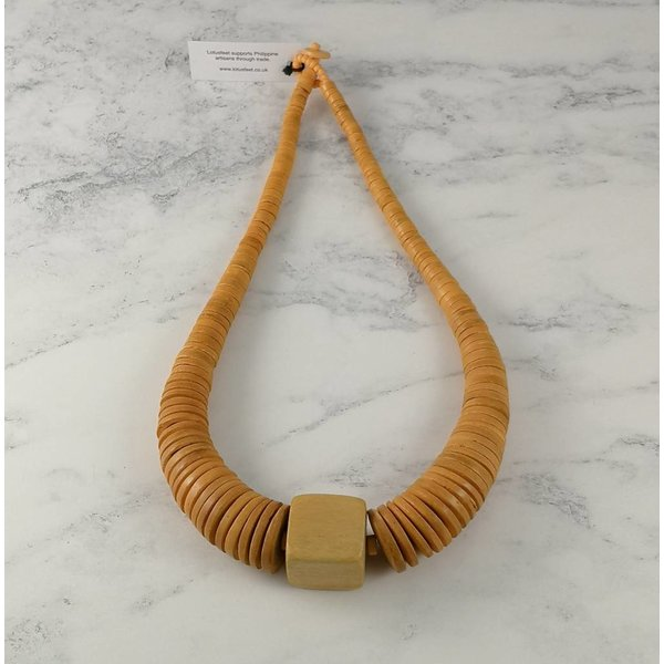 Mustard circle and square coco necklace 064