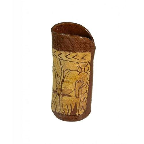 Glandwyryd Ceramics Frolicing Hares Slipware vase  005