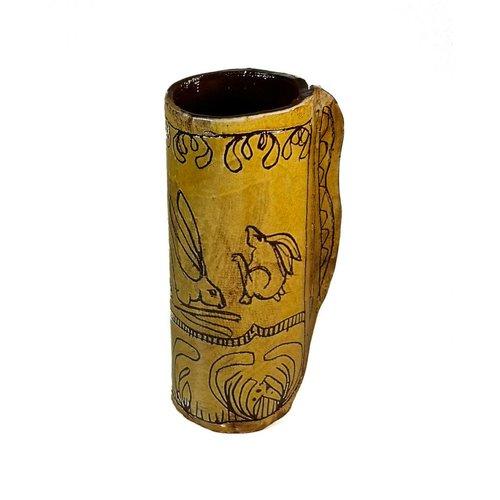 Glandwyryd Ceramics Three leaping hares Slipware vase  002