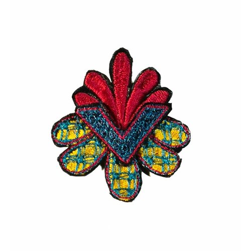 Laura Marriott Arrow Flower multi embroidered brooch boxed 017