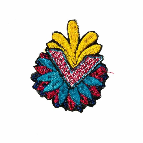 Arrow Flower multi embroidered brooch boxed 019