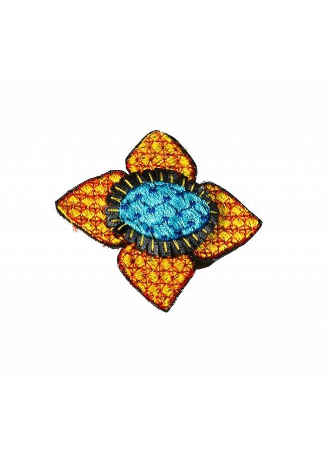 Ikat-Goldblume bestickte Brosche boxte 013