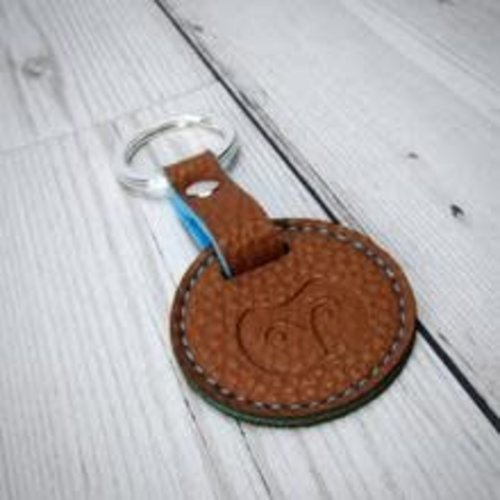 goodeehoo Keyring vegan tan and orange  011
