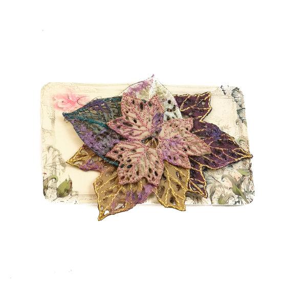 Broche bordado de racimo de hojas Broche en tarjeta 037