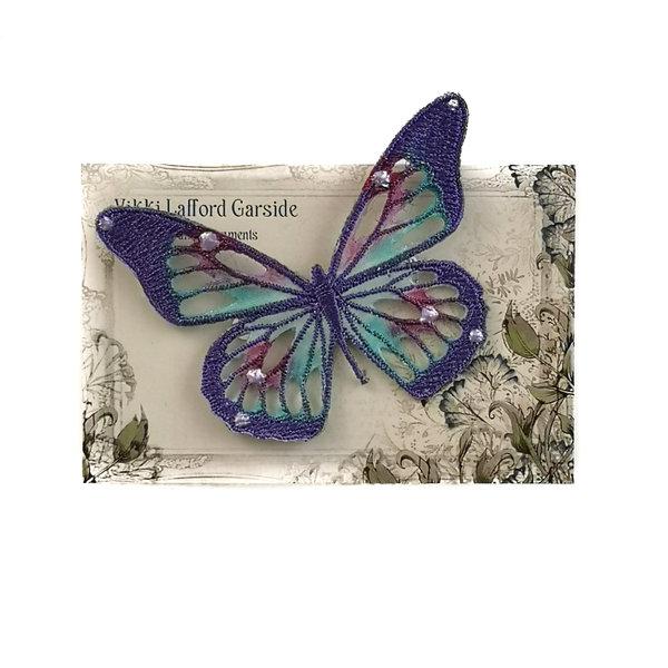 Schmetterling Gestickte Brosche auf Karte 048