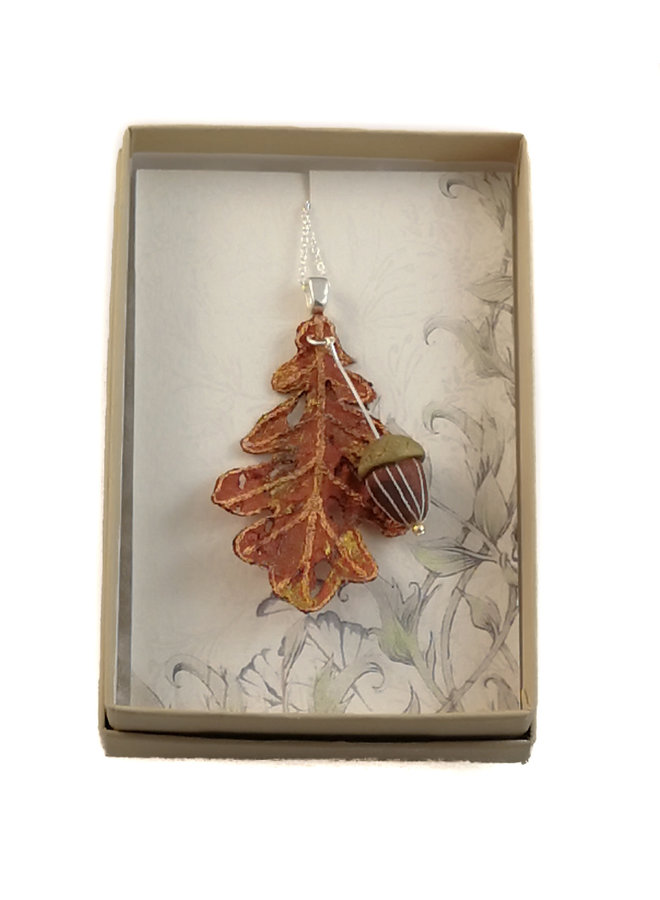 Oak Leaf and Acorn pendant orange 060