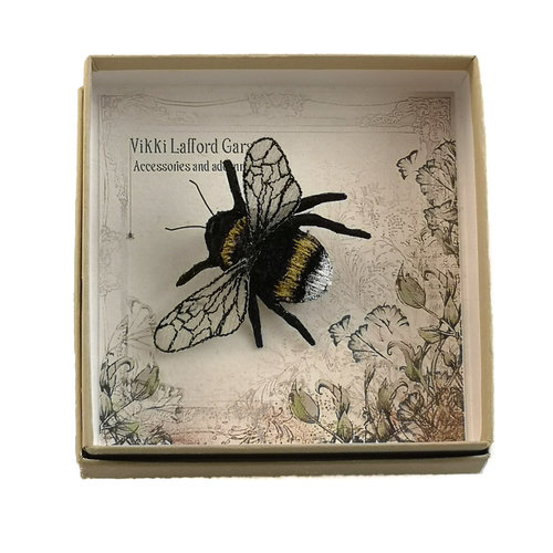 Vikki Lafford Garside White tailed bumble Bee  Embroidered boxed Brooch 056