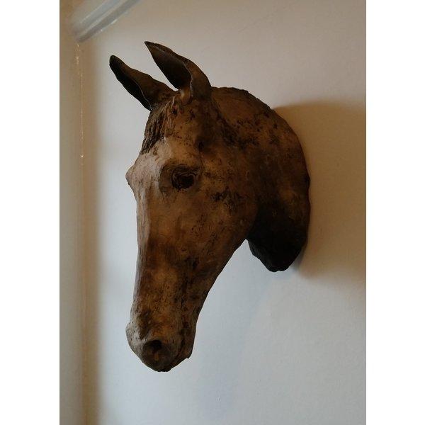 Horse Head wall work stoneware 01