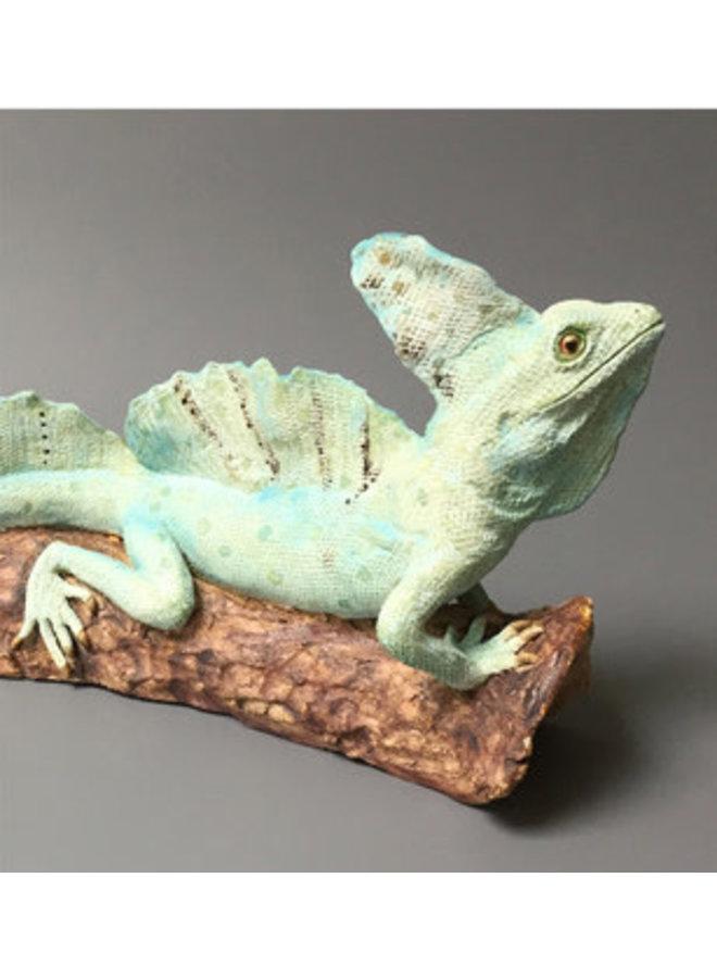 Albert Green Basilisk auf Baumstamm, Keramik 02