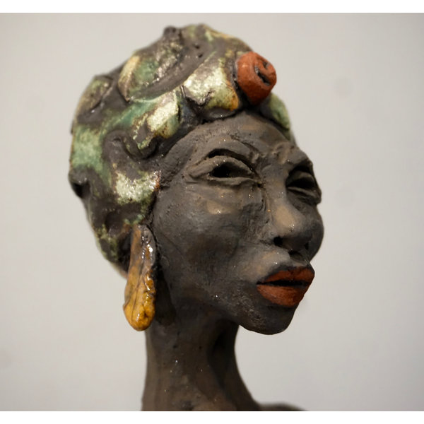 African Lady stoneware 01