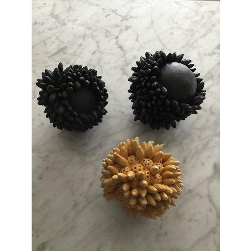 Anne Haworth Seed Pod stoneware 05