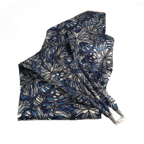 Lady Crow Silks Joya azul de satén y bufanda de seda con cierre magnético en caja