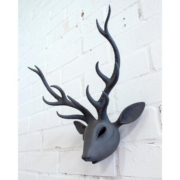 Cabeza de ciervo de pared de gres 06