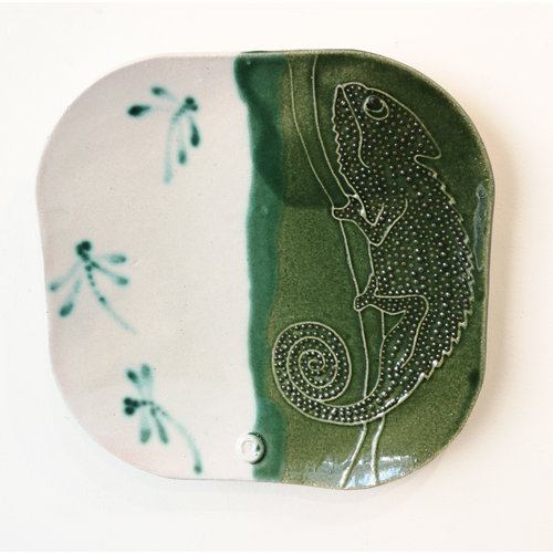 Su Hudson Chameleon plate single etched 1 - ceramic 10
