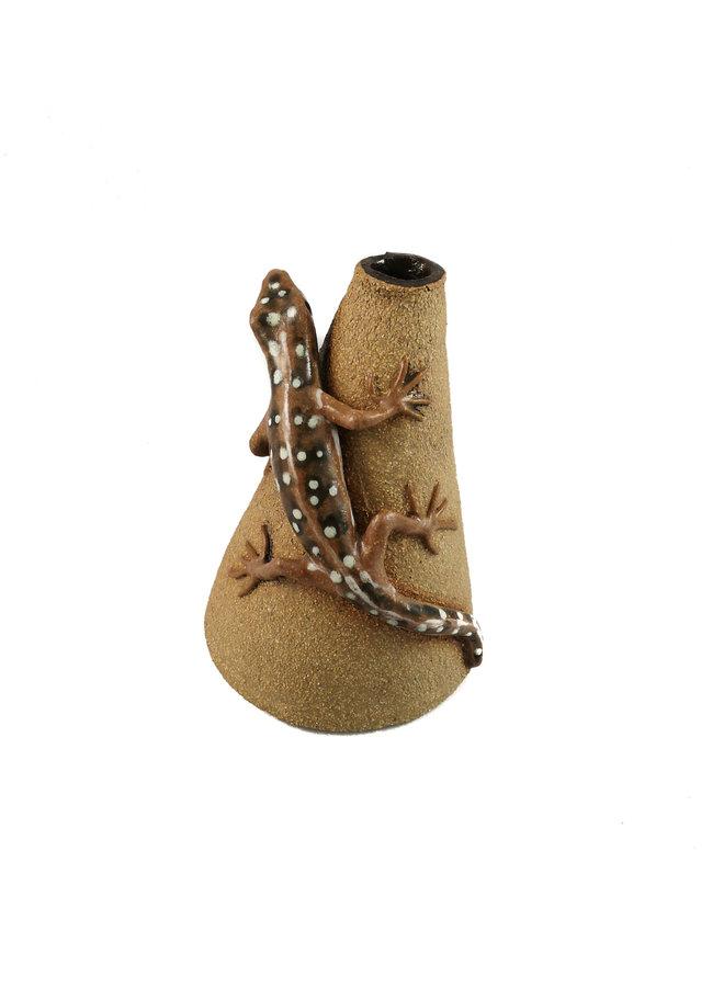Posy Pot with Sand Lizard  22