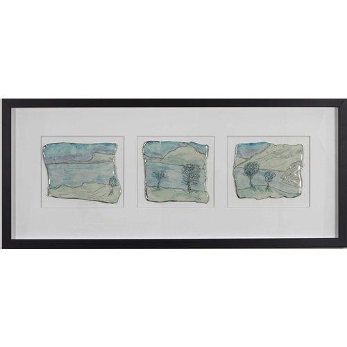 Nicola Briggs Tríptico de porcelana Grassmere y platino enmarcado 03