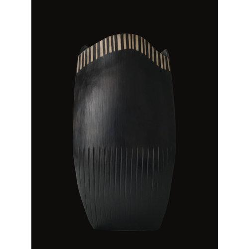 Laura Hancock Dreiseitig rauchbefeuerter grauer Tontopf 01