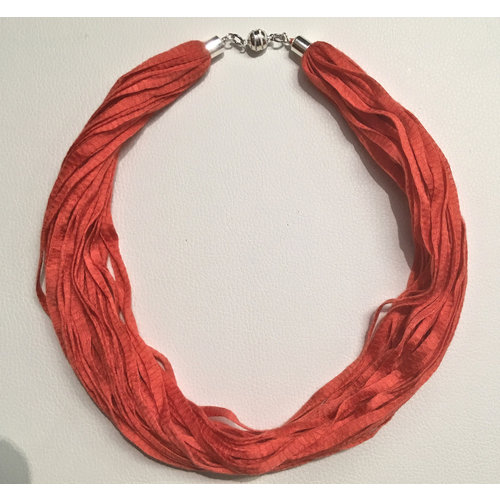 Copper Moor Designs Fabric Eucalyptus Necklace Coral Crush 02