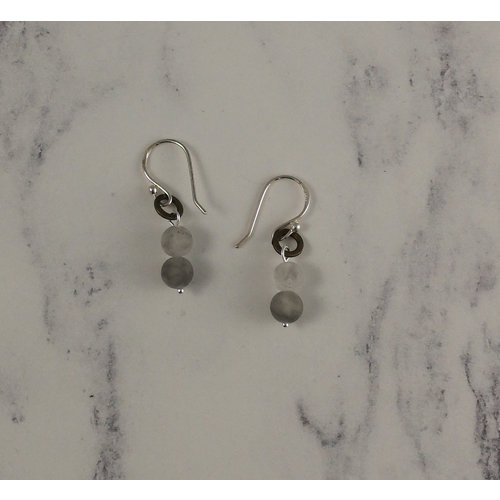 Melissa James Silver grey  agate drop earrings 97