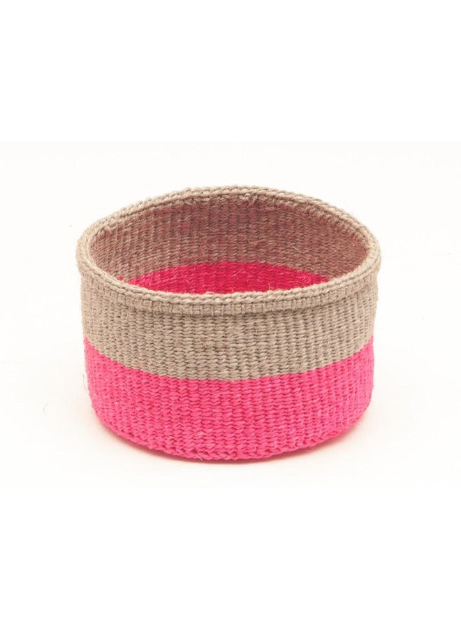 Maliza Keks und fluoreszierender rosa Sisal mittlerer Korb 03