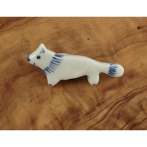 Pretender To The Throne Fox small ceramic brooch  102