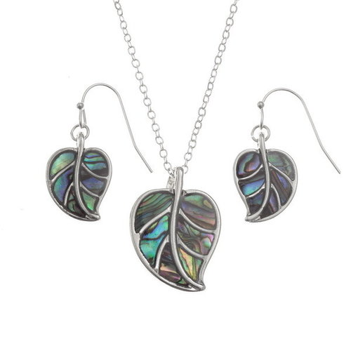 Tide Jewellery Leaf Paua shell necklace 128