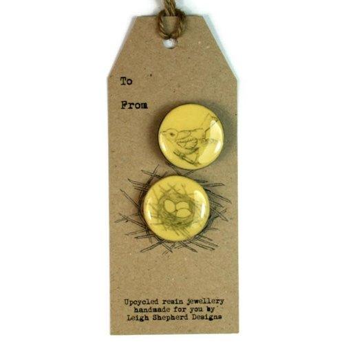 Leigh Shepherd Designs Bird and Nest 2 Broche engastado en tarjeta 63