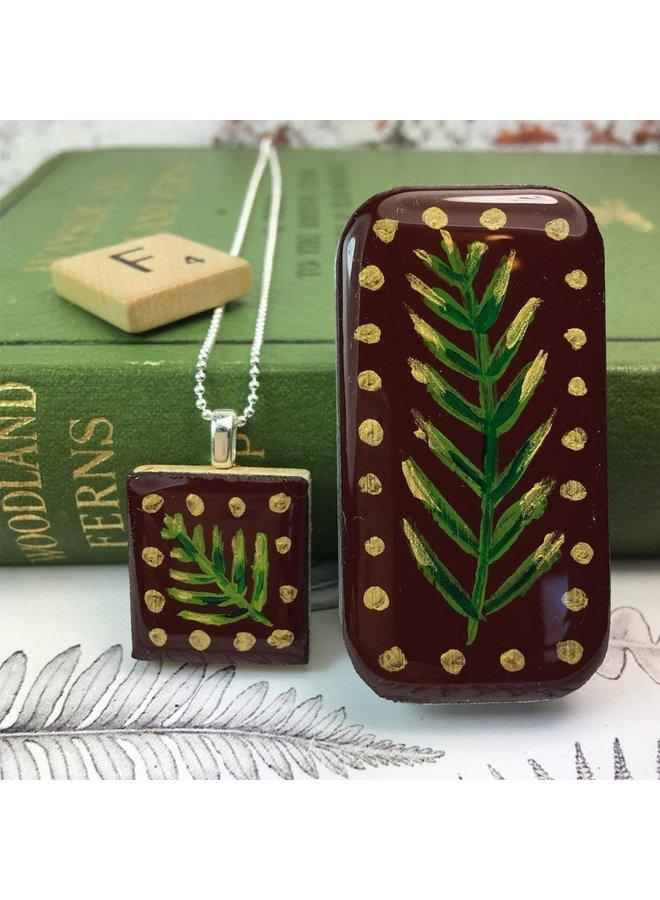 Woodland Burburndy Scrabble Tile O in der kleinen Dose 51