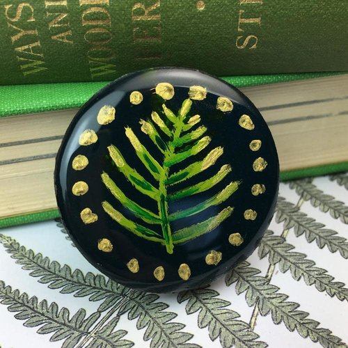 Leigh Shepherd Designs Woodland Forest Draughts Piece Brooch on card  59