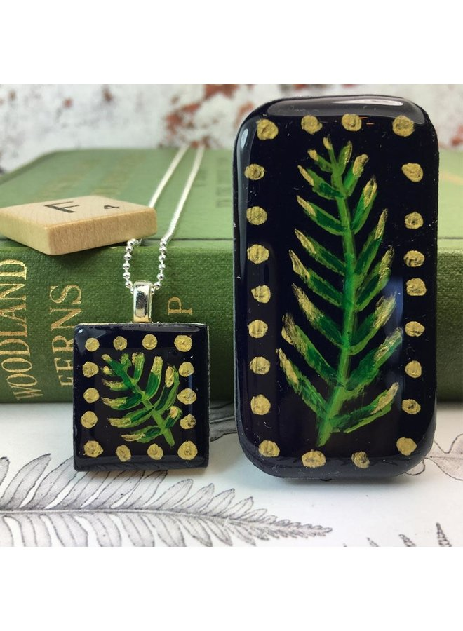Woodland Midnight Scrabble Fliese T in Tiny Tin 50