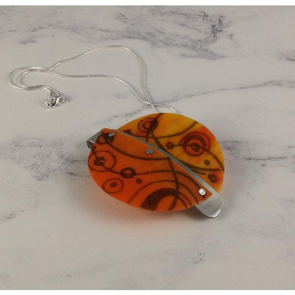 Miro pendant recylced plastic / aluminium orange 19