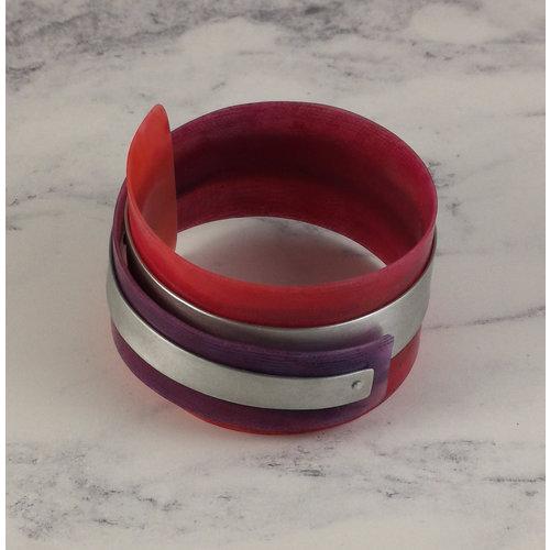 Anna Roebuck Bangle adjustable recylced pinks - aluminium 16