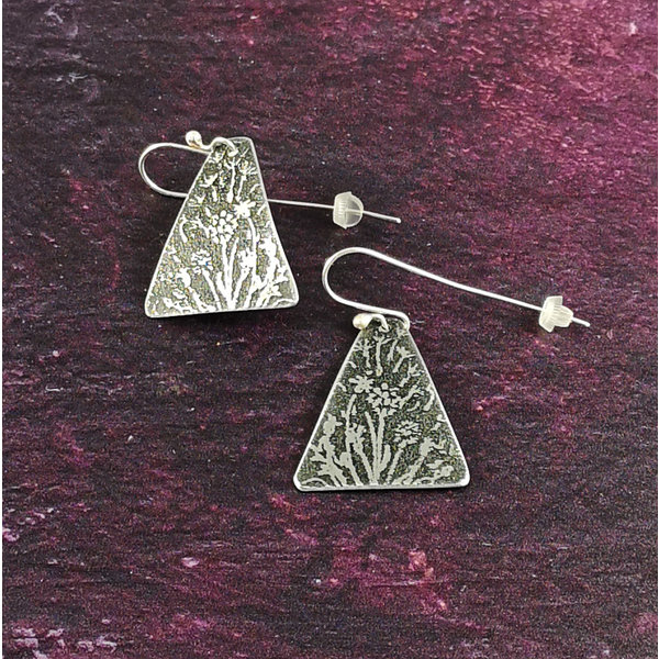Foget me not metal light Triangle long hook earrings 54
