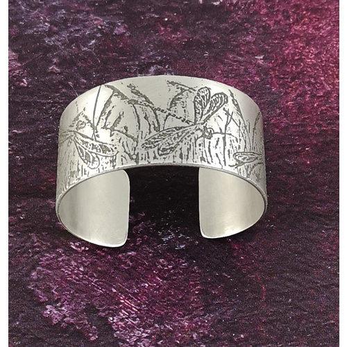 Anna Roebuck Bangle cuff Dragonfly light metal 29
