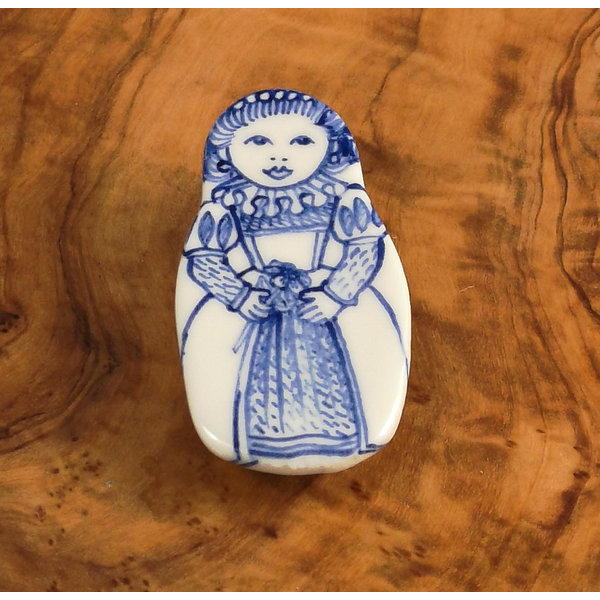Muñeca de traje de cerámica broche flor 106