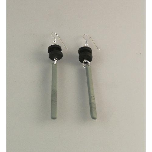Slate & Silver Schiefer lange Stange und Rondell mit silbernen Perlenohrringen 19