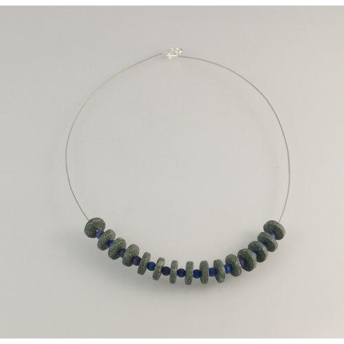 Slate & Silver Rondel de pizarra con collar de perlas semipreciosas azul 23