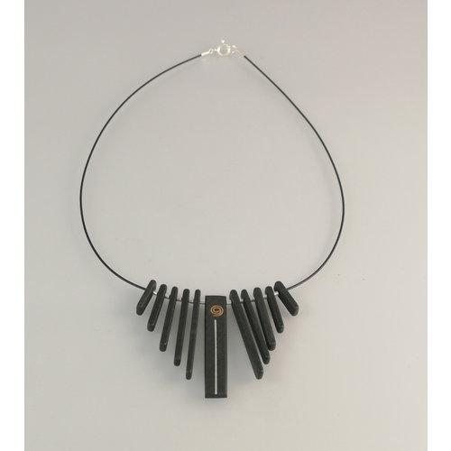 Slate & Silver Franja de varillas de pizarra con cobre y plata collar de plata 22