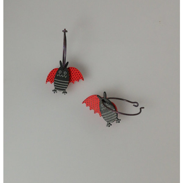 Red bat hoops