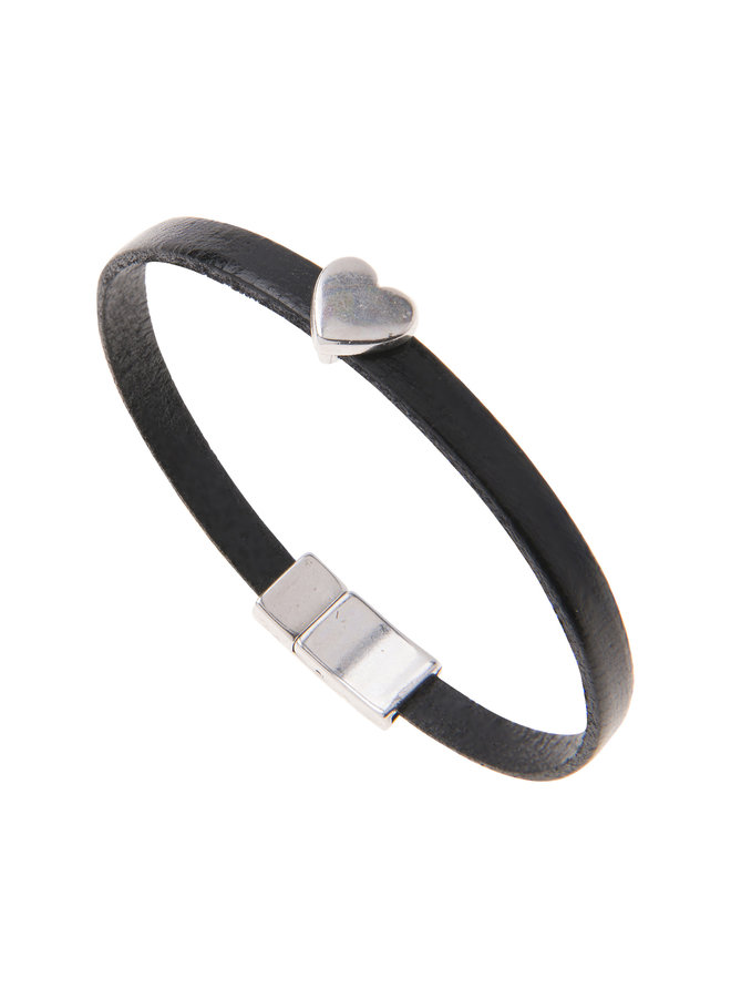 Schwarzes Kunstleder-Herz-Charm-Armband