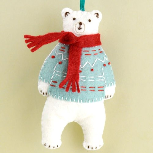 Corinne Lapierre Polar Bear Wool Felt Craft Mini Kit