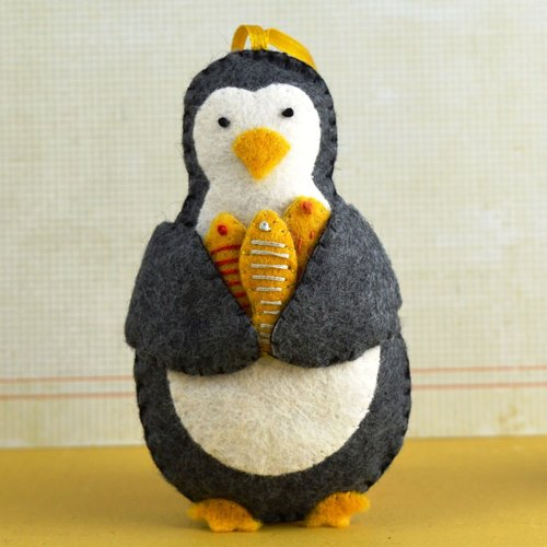 Corinne Lapierre Penguin Wool Felt Craft Mini Kit