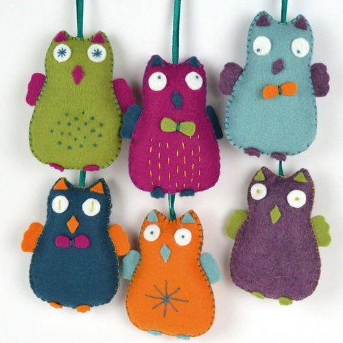 Corinne Lapierre Happy Owls Felt  Embroidery Craft  Kit