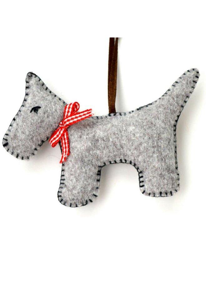 Grey Dog Felt  Craft Mini Kit