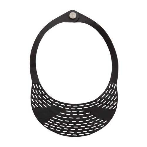 Paguro Coding inner tube rubber necklace 05