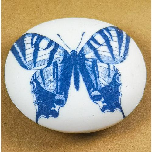 Clare Mahoney Piedra de toque lisa hecha a mano de porcelana 008